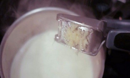 leche-de-ajo-ciatica